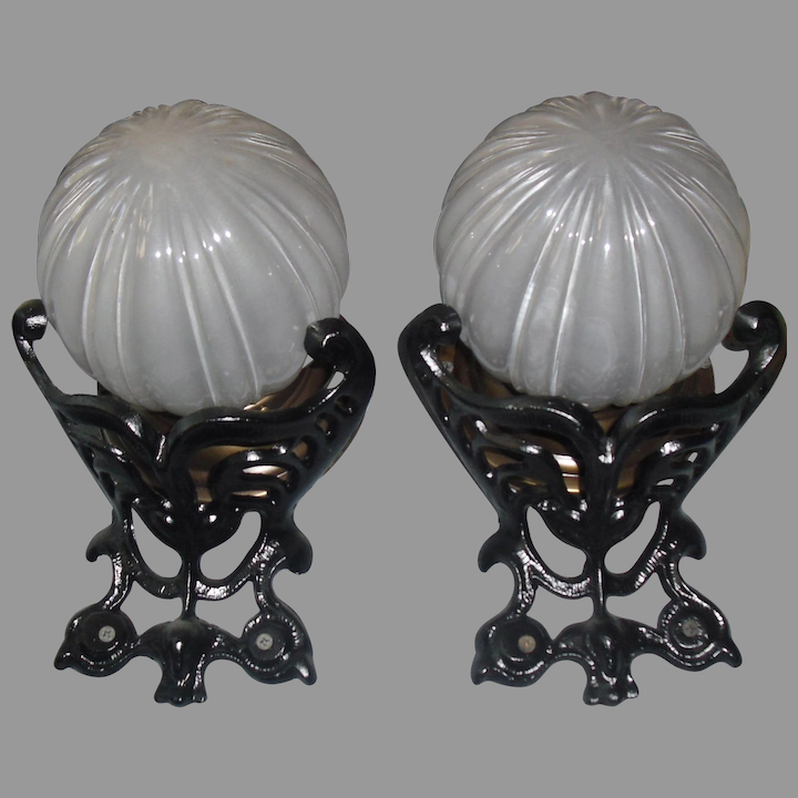 Victorian Porch Lights With Decorative