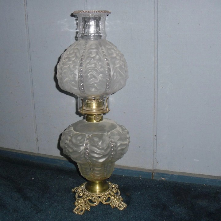 Beaded crinkle kerosene oil table lamp sherlocks antique lighting beaded crinkle kerosene oil table lamp aloadofball Image collections