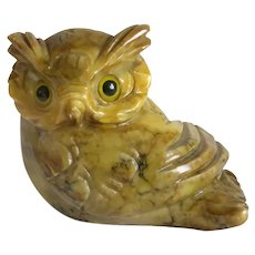 Vintage hand crafted Alabaster Owl paperweight, 20 th century