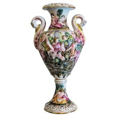 Capodimonte porcelain urn, hand painted, 20th century