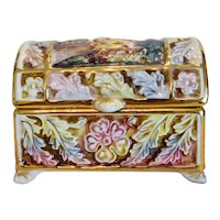 Italian Capodimonte box, hand painted, early 20th century