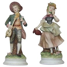 Lefton Colonial Couple 5358 Pedestal Base Made in Japan