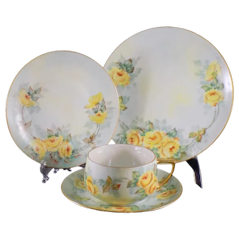 MZ Altrohlau 4 Piece Luncheon Set with Yellow Roses