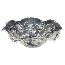 Heisey Etched Orchid Crimped Round Bowl