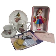 """Madame Alexander Convention Doll """"Lollipop"""" with Tea Set, Clothes & Tote Bag"""