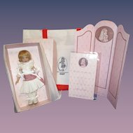 "Helen Kish ""Ma Petite"" UFDC Convention Doll NRFB with Screen & Tote Bag"