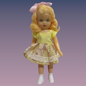"""Nancy Ann Storybook Doll """"Big Sister Goes To A Party"""" from Big Sister Series Boxed"""