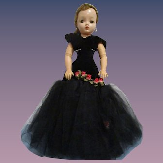 Vintage 1956 Madame Alexander Cissy Doll