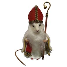 """R John Wright MIB """"St. Nicholas Mouse"""" from The Father Christmas Mice Series"""