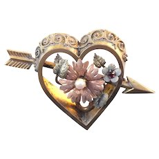 Antique Plainsville Stock Co Heart Brooch With Cupid's Arrow & Tri Color Gold & Pearl