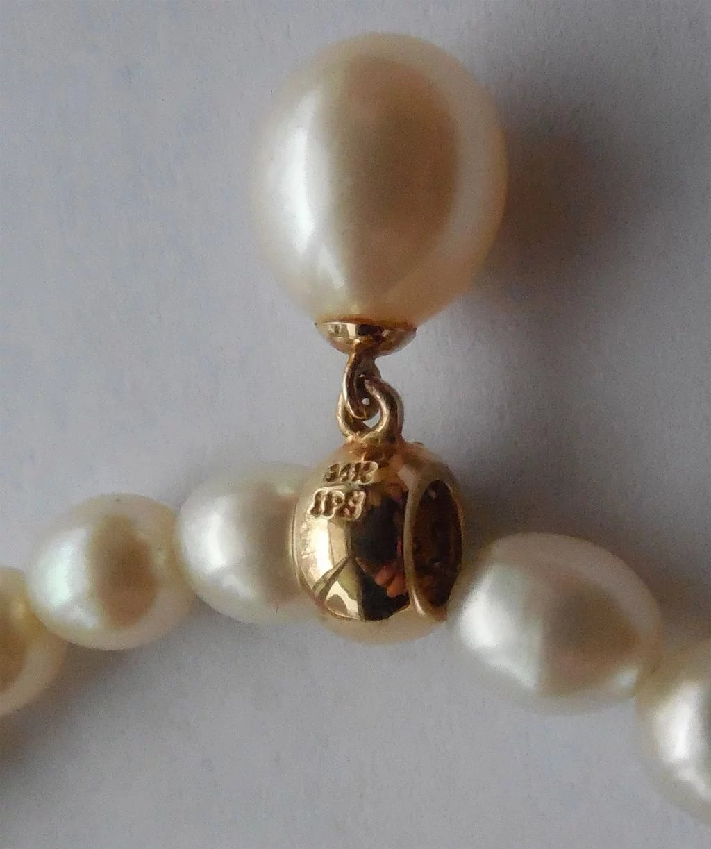 Beautiful Cultured Pearl Necklace With 14k Diamond