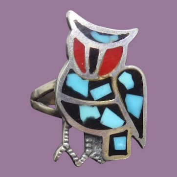 Vintage Native American Zuni Owl Ring Sandcast Sterling Silver With Inlaid Stone & Split Shank