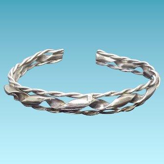 Vintage Sterling Silver Native American Ribbon Bracelet