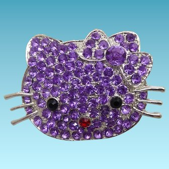 Retro Hello Kitty Brooch Decorated With Purple Crystals