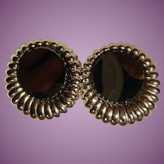 Vintage Signed Sarah Coventry Gorgeous Bright Silver Black Glass ClipOn Earrings