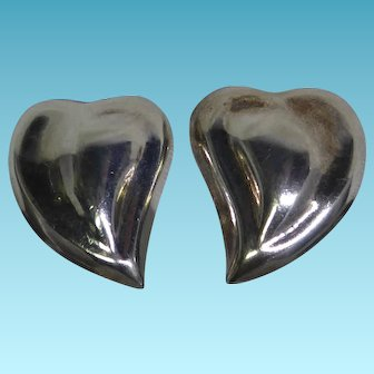 Taxco Mexican Sterling Silver Puffy Valentine Heart Clip On Earrings - Signed