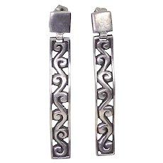 Gorgeous Sterling Silver Dangle Drop Pierced Earrings Marked ATI Thailand - 925 Silver