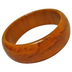 Marbled Bakelite bangle bracelet butterscotch chocolate brown - Red Tag Sale Item