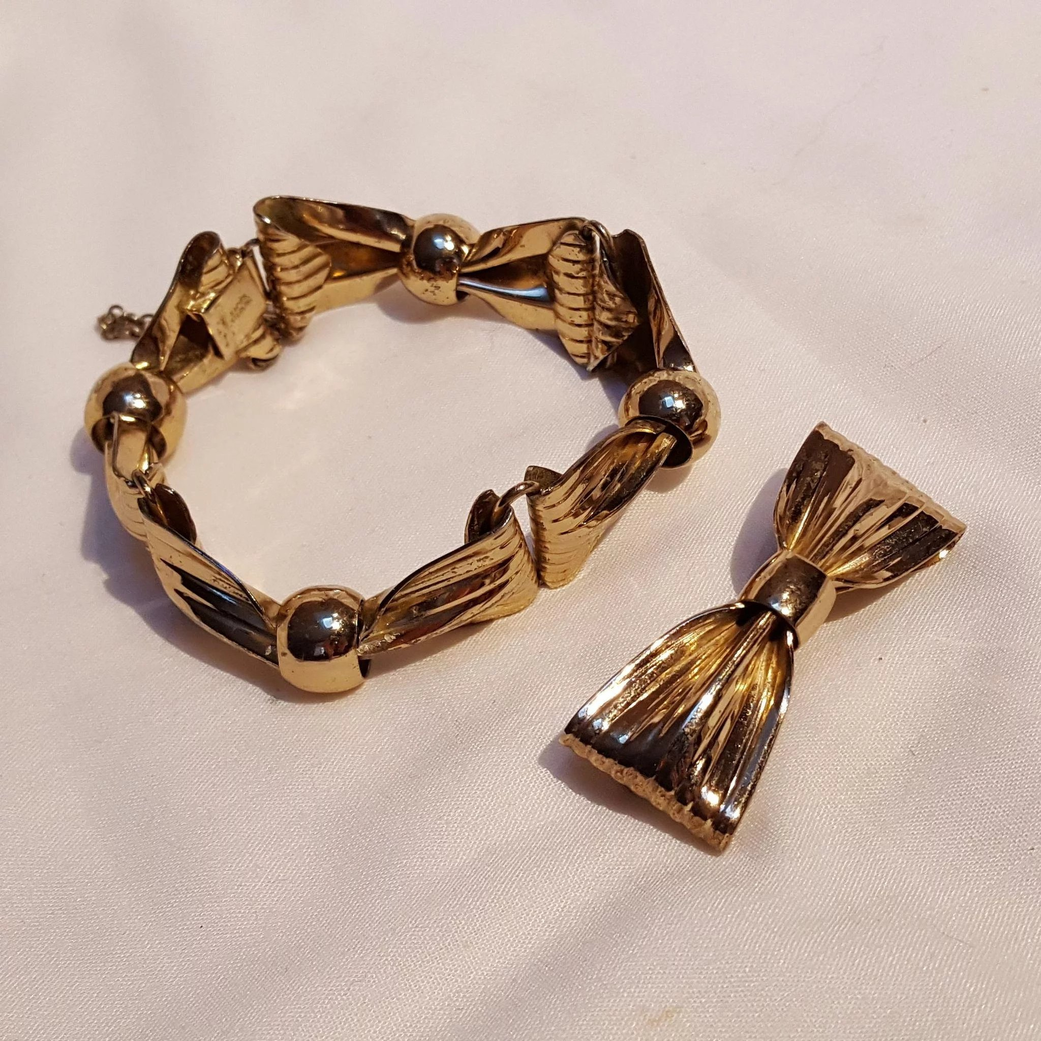 diy bracelet to make how bow