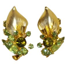 Juliana metal leaf peridot green rhinestone clip earrings