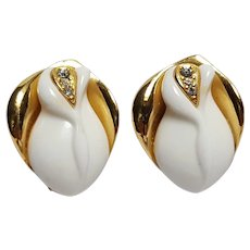 KJL Kenneth Jay Lane Avon earrings Wedding white rose buds