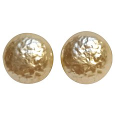 Miriam Haskell simulated baroque button pearl clip earrings