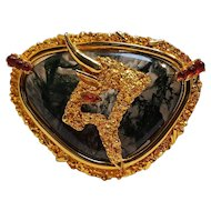 Boucher zodiac pin Taurus the bull agate stone