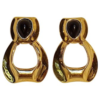 Givenchy clip earrings black cabochon Modern design