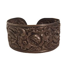 S Kirk and Son sterling silver repousse flower cuff bracelet 19F
