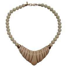 Napier 1986 Ivory collection choker necklace hard resin