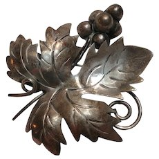 Sterling Mexico grape leaf grapes pin brooch