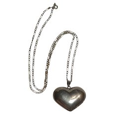 Sterling silver puffy heart pendant necklace Italy chain
