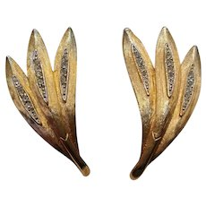 Kramer rhinestone clip earrings three stylized feathers or palm leaves