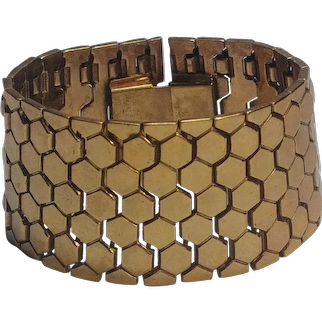 Trifari wide Golden Honeycomb tessellated bracelet Alfred Philippe