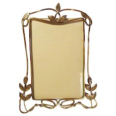 "English ART NOUVEAU Brass ""Whiplash"" Picture Frame w/Leaves"