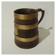 ENGLISH 19th C. Oak and Brass Mug