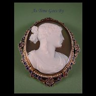 Exquisite Antique Onyx Cameo Brooch or Pendant  in 14K Yellow Gold (tested)