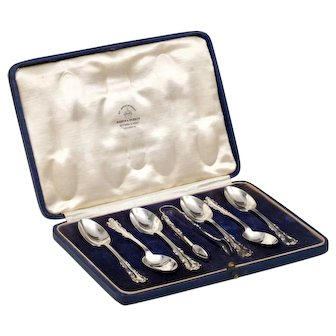 Mappin and Webb - Cased Sterling Demitasse Spoons and Tongs - 1930 London