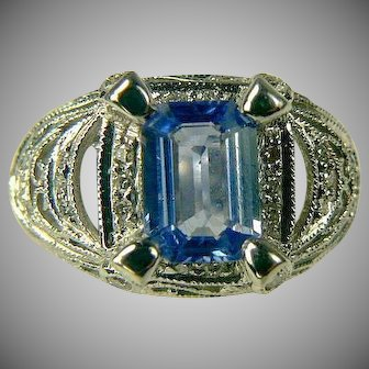 18k Ceylon Sapphire and Diamond Ring-Size 6 1/2.
