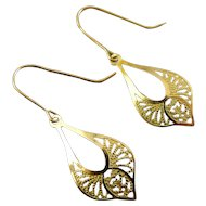 14K Yellow Gold Lacy Paisley Teardrop Earrings - Bright & Satin Finishes