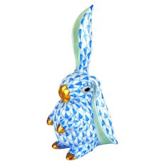 HEREND Tall Bunny Rabbit, One Ear Up, Blue Fishnet, 4 Inches, Excellent Cond.
