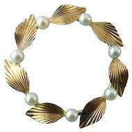 Krementz 1950's Gold Filled Genuine Pearl Leaves Wreath Circle Pin