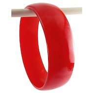 Vintage Red Bakelite Smooth Carved Bangle Bracelet