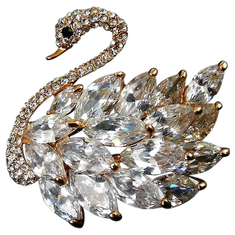 Rose Gold-Plated Swan Brooch Pin with Brilliant CZ Feathers