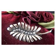 Vintage and Stunning Sterling Silver Art Nouveau Beaded Palm Leaf Pin Brooch