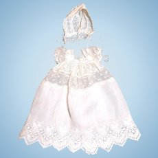 """Sweet antique lace and cotton Christening dress 6-7"""" baby"""