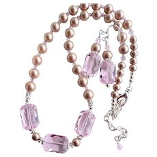 Swarovski Faux Powder Almond Colored Pearl Pink Crystal Statement Necklace Earrings SET