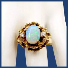 Vintage 14K Gold Opal Diamond Ring