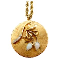 Vintage 14K Gold Opal Diamond Pendant Necklace