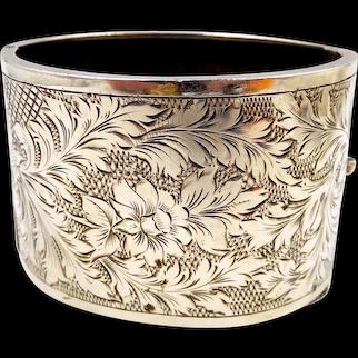 Vintage Wide Birmingham Sterling Etched Floral Hinged Bracelet by Kenart 1937